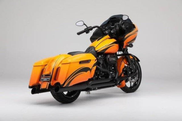 Extended saddle bag for Harley Davidson Touring