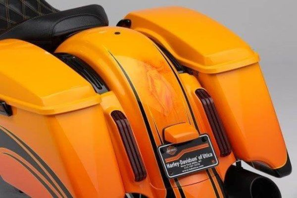 Extended saddle bags for Harley Davidson Touring