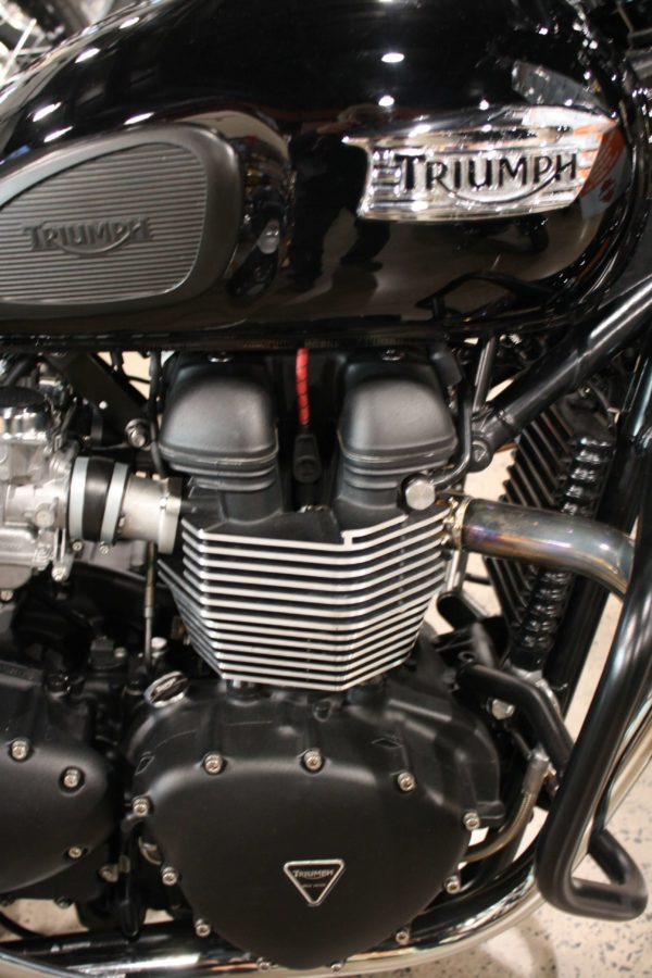 Red with Black Traccer Cloth Spark Plug Wire Triumph